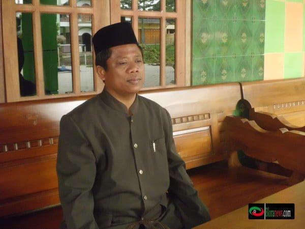 KH. Munasir