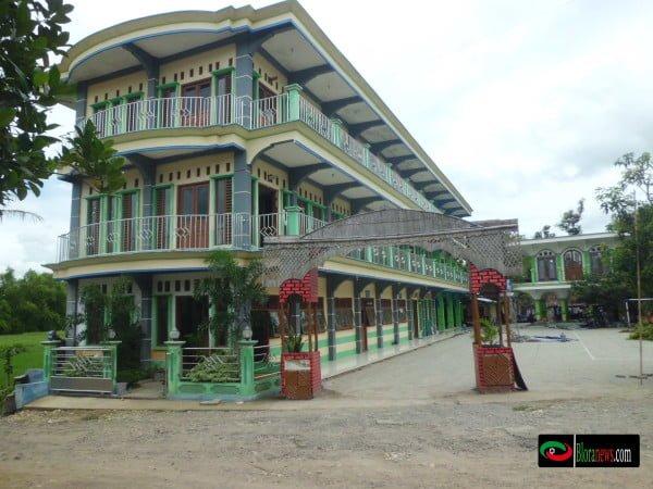 Gedung SMK Alalif