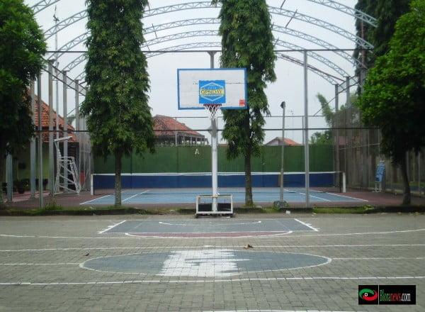 Lapangan basket Gor mustika Blora
