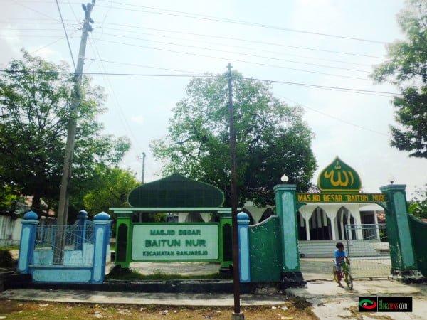 masjid baitunnur banjerejo blora
