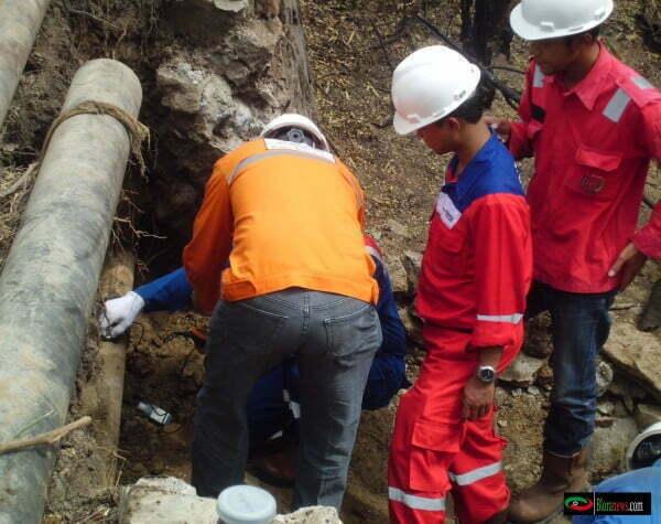 pengeboran minyak di desa Krocok