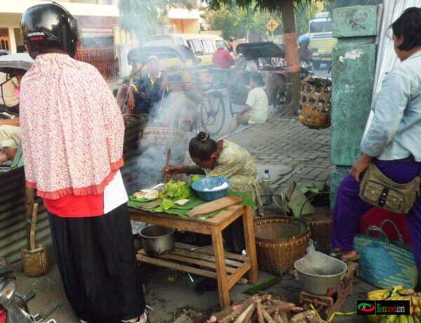 penjual serabi di pasar Blora