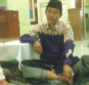 Drs. MAHFUDH ALI SYU'UDI : PENGAMPU PENGAJIAN BULUGHUL MARRAM BAITUNNUR