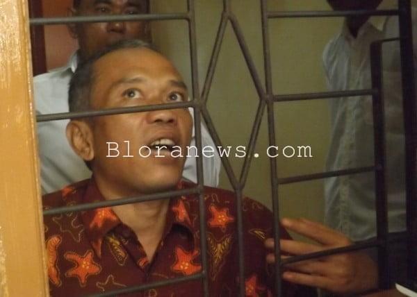 Sidang penulis jokowi undercover