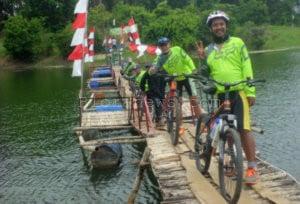 KETANGAR BICYCLE CLUB, BERSEPEDA MELINTASI BLORA – TUBAN – REMBANG