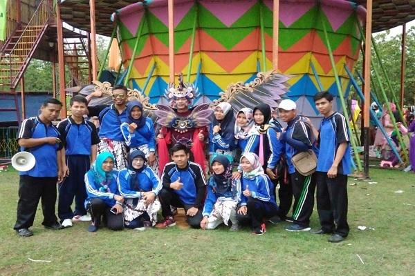 Peserta Karnaval SMK Pelita Japah dalam rangka peringatan Hari Sumpah Pemuda 2018