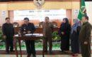 Bupati didampingi Sekkab Blora dan disaksikan Pimpinan DPRD Blora menandatangani KUA-PPAS RAPBD Blora 2019