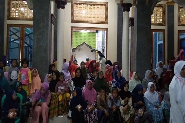 Peringatan Maulid Nabi di Desa Nglungger Kecamatan Kradenan