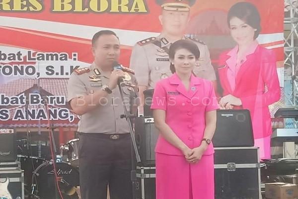 Kapolres Blora, AKBP Antonius Kunswindarto dan istri