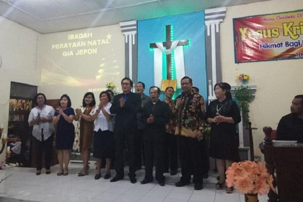 Ibadah Perayaan Natal di Gereja Isa Al Masih, Kelurahan Jepon