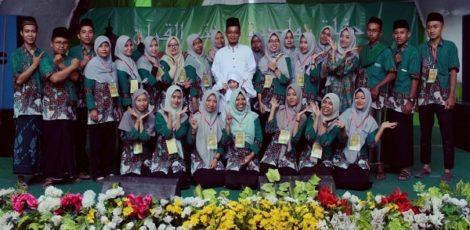 Peringatan Maulud Nabi dan Wisuda Santri angkatan VII di Yayasan Ummina