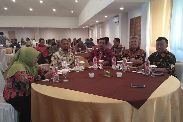 Bimtek peningkatan kompetensi pelaku pasar rakyat di Hotel Arra Amandaru Cepu