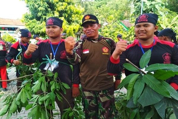 Peserta Kembar di Diklatsar Satkorcab Banser Blora di Kecamatan Cepu