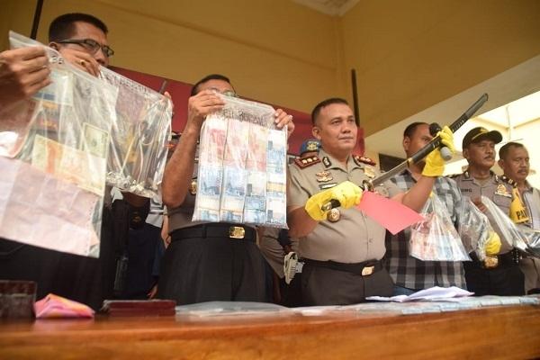 Imam Supriyanto merupaka warga Desa Sambiroto RT 01 RW 01 Kecamatan Kunduran Kabupaten Blora