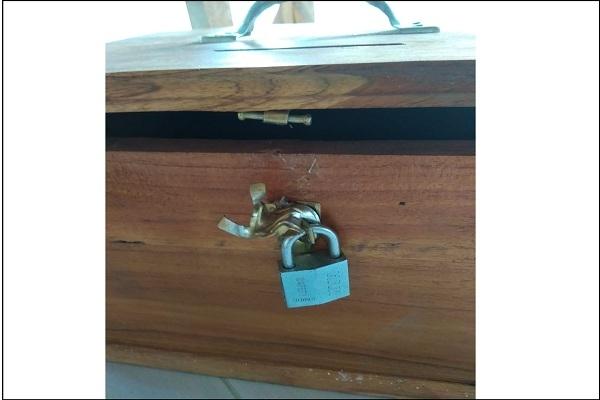 Kotak amal di Mushola Nurul Fatimah Dusun Jenu Desa Desa Gadu Kecamatan Sambong Kabupaten Blora dicongkel oknum tak bertanggung jawab