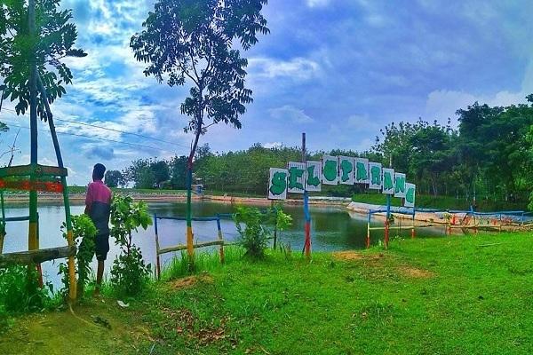 Kawasan Wisata Seloparang, di Desa Tempellemahbang Kecamatan Jepon Kabupaten Blora