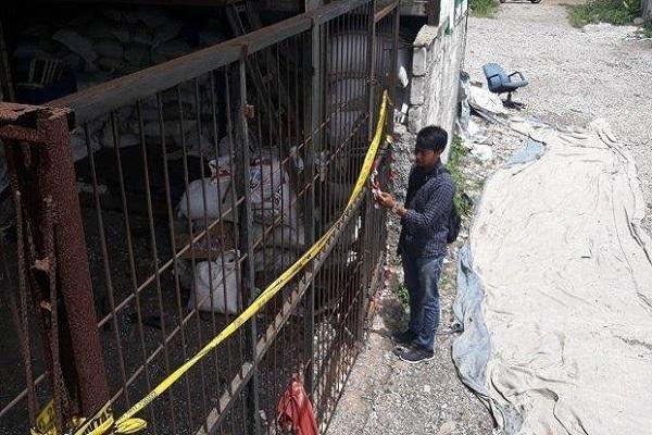 Pabrik penggilingan plastik PD Laju Mandiri disegel polisi (foto: Tribun)