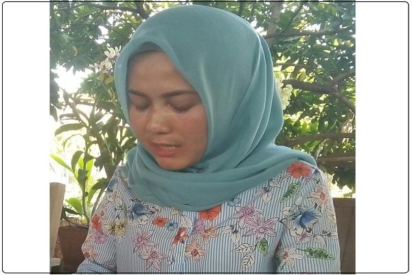 "Mantan istri Yulianto ""Bos Tong"", Danik Berliana"