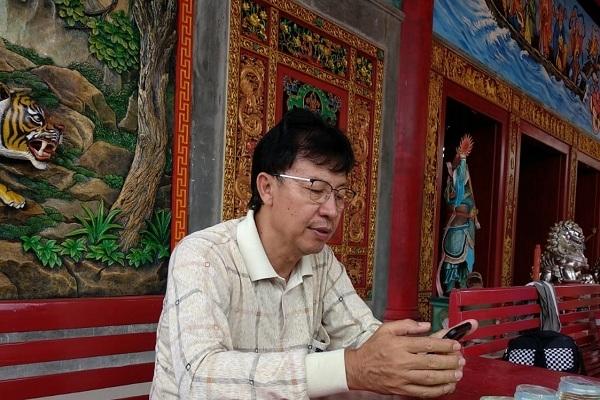Sekretaris Yayasan Tempat Ibadah Tri Dharma (TITD), Bambang Suharto di Kelenteng Hok Tik Bio Blora