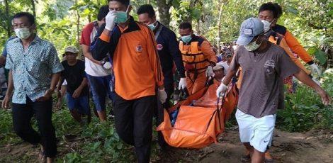 Mayat remaja tersebut, ditemukan oleh warga Desa Kendayaan
