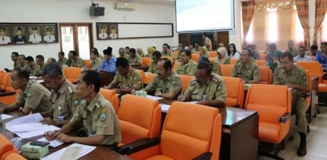 Rakor dan Sinkronisasi Data Program Penanggulangan Kemiskinan di Blora