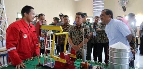 Peresmian Kelas Industri Toyota di SMK Migas Cepu