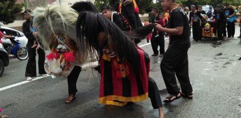 Penampilan Barongan Blora di HUT Kota Balikpapan, Provinsi Kalimantan Timur