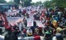 Demonstrasi warga kawasan Wonorejo menuntut penerbitan Sertifikat Hak Milik (SHM) atas tanah yang mereka tempati puluhan tahun