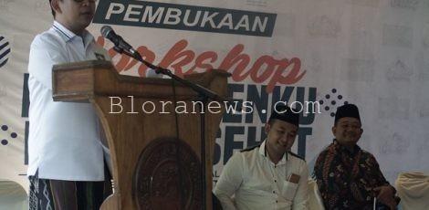 Ketua Rabithah Maahid Islamiyah (RMI) NU, KH Abdul Ghoffar Rozin