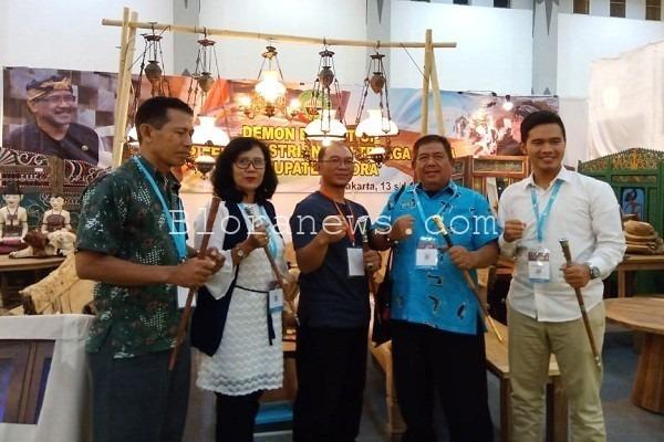 Tongkat komando asal Blora dipamerkan di JIFFINA 2019 di Jogja Expo Centre, Yogyakarta