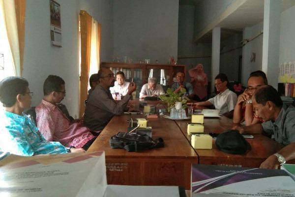 Rapat dengar pendapat antara komisi B DPRD Blora dengan jajaran direksi PT Blora Patragas Hulu