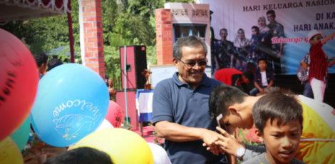 Bupati Blora Djoko Nugroho dalam Peringatan Hari Keluarga Nasional (Harganas) ke XXVI dan Hari Anak Nasional (HAN) 2019 di Taman Sarbini Blora