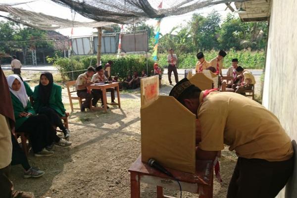Pemilihan Ketua OSIM di MA Maarif NU Doplang