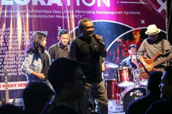 Bupati Djoko Nugroho dalam Exbloration malam penutupan KKN ITB di Blora