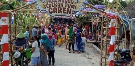 Prasmanan Sedekah Bumi Dusun Caren Desa Semawur Kecamatan Ngawen Kabupaten Blora