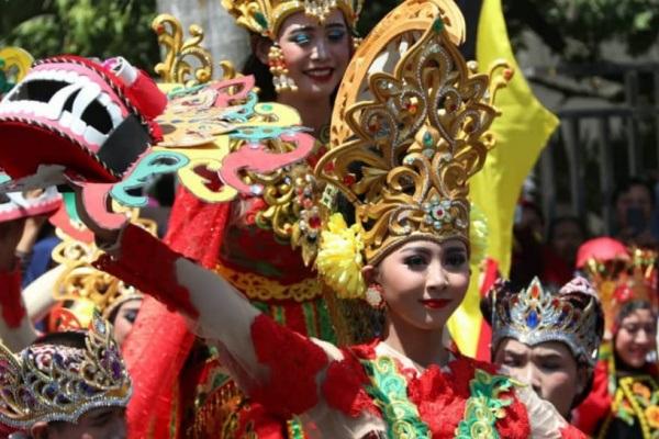 Karnaval kemerdekaan di Cepu
