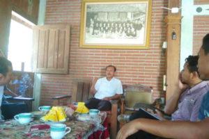 ANJANGSANA TIM INDONESIANA KE TOKOH SAMIN KARESIDENAN PATI