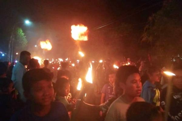 Parade Obor Nusantara Upat-upat Bumi di Desa Dalangan Kecamatan Todanan Kabupaten Blora