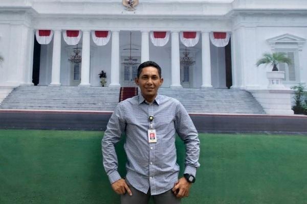 Riza Yudha Prasetia saat bertugas sebagai Asisten Staff Khusus Presiden RI