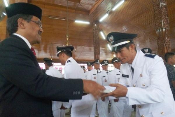 Pengambilan Sumpah 125 Kades terpilih di Pendopo Rumah Dinas Bupati Blora