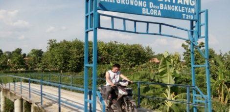 Jembatan Jatayu di Dusun Growong Desa Bangkleyan Kecamatan Jati Kabupaten Blora