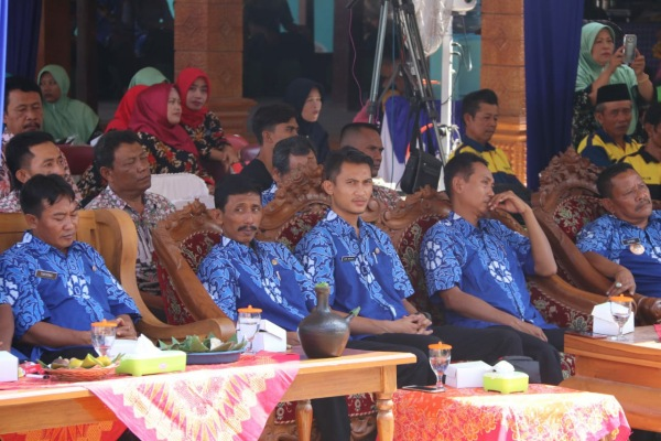 Peresmian serentak 7 Kampung KB wilayah Kecamatan Jepon di Balaidesa Gedangdowo Kecamatan Jepon Kabupaten Blora