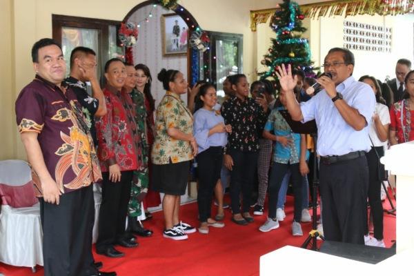 Perayaan natal bersama pelajar Papua di rumas dinas Kapolres Blora