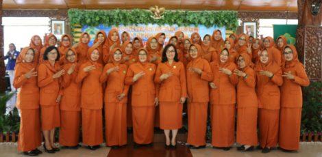 Pelantikan pengurus Gabungan Organisasi Wanita (GOW) Kabupaten Blora masa bhakti 2019-2024
