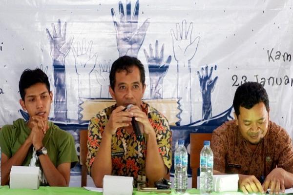 Penyuluhan dan Pelatihan Fermentasi Pengolahan Pakan Kelinci di Desa Balongsari Kecamatan Banjarejo Kabupaten Blora