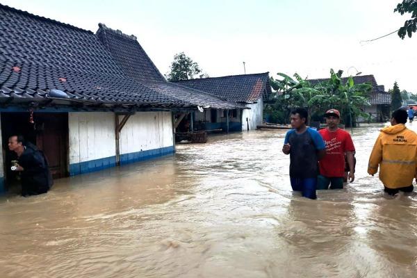 Banjir luapan di Desa Plosorejo Kecamatan Kunduran Kabupaten Blora