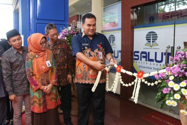 Wakil Bupati Blora Arief Rohman dalam peresmian Gedung Salut Mustika Universitas Terbuka Pokjar Blora