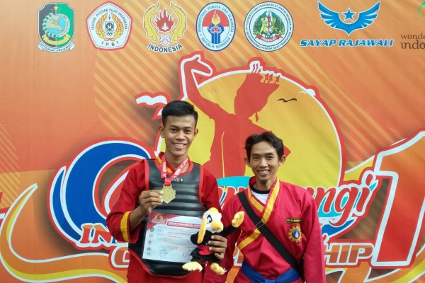 Adi Riko Setiawan dalam International Open Tounament Pencak Silat of Banyuwangi International Championship 1 tahun 2020