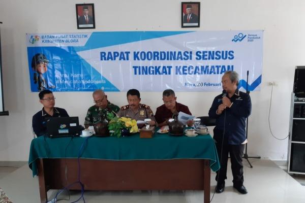 Petugas Badan Pusat Statistik (BPS) dalam rakor sensus tingkat kecamatan