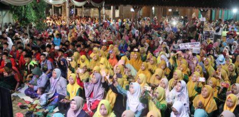 Ratusan kader memadati lokasi acara Harlah IPNU ke-66 dan IPPNU ke-65 di Pesantren Annur Sendangwungu Banjarejo Blora
